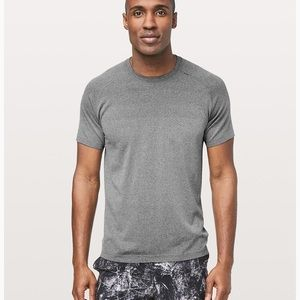Lululemon metal vent t-shirt